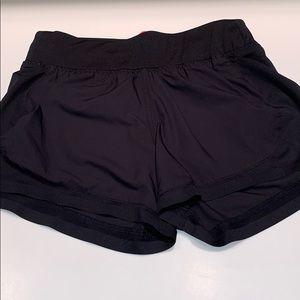 black athleta shorts